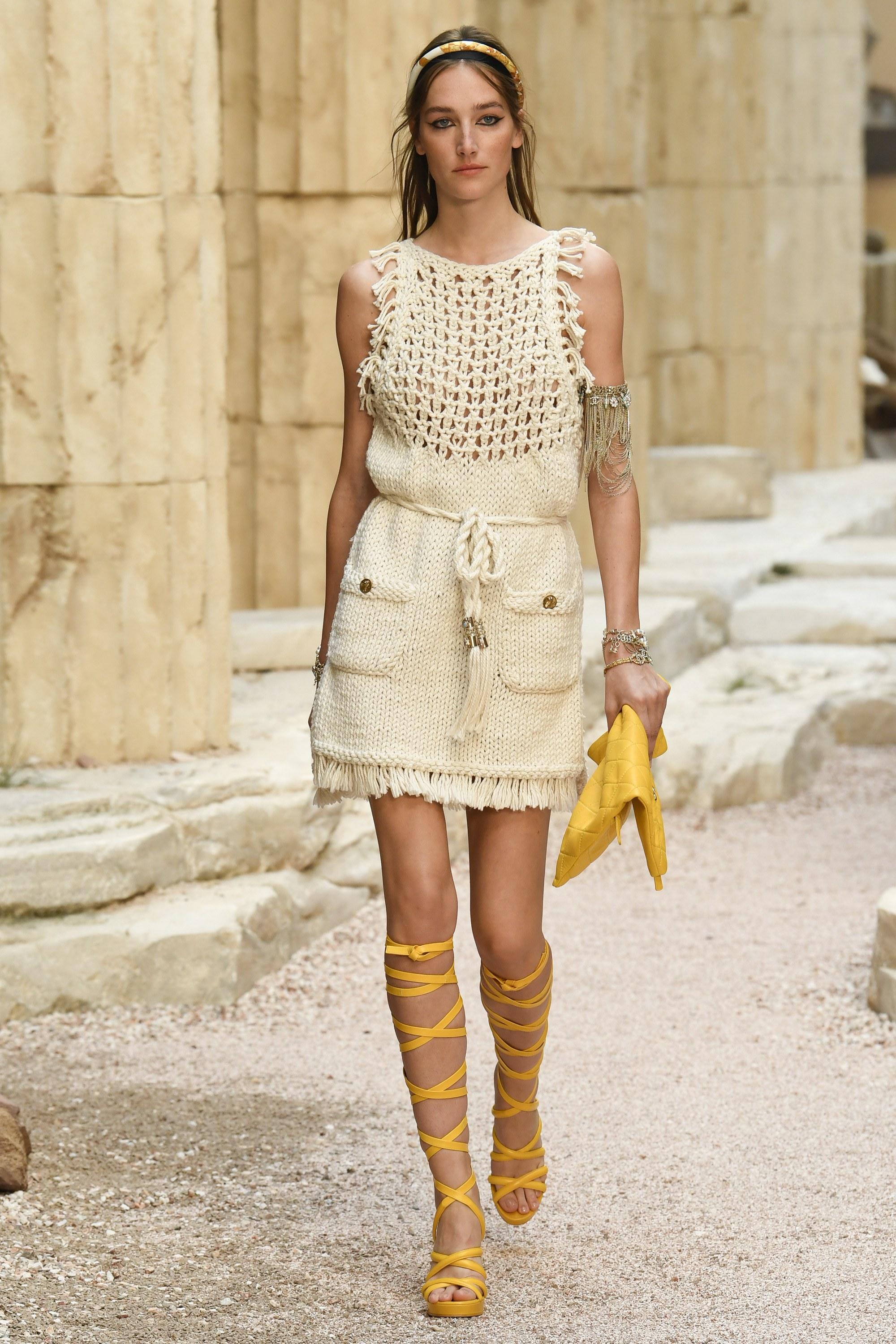 Chanel Cruise 2018 The Modernity Of Antiquity Portraits Of Elegance